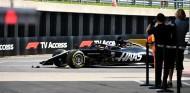 Romain Grosjean tras su accidente en los Libres del GP de Gran Bretaña F1 2019 - SoyMotor