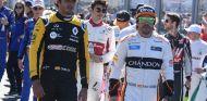 Carlos Sainz y Fernando Alonso en Australia - SoyMotor.com