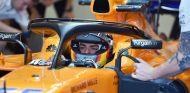 Carlos Sainz, en su debut con el McLaren en Yas Marina - SoyMotor.com
