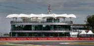 Silverstone es el reflejo de la crisis en la F1: Un gigante con los pies de barro