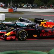 El polémico adelantamiento de Rosberg a Verstappen - LaF1