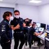 Alonso se monta un garaje remoto en casa para preparar su vuelta a la F1 - SoyMotor.com