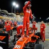 Charles Leclerc celebra la Pole Position en el GP de Baréin F1 2019 - SoyMotor