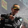 Hamilton gana en Silverstone tras chocar con Verstappen; Sainz y Alonso, en el 'top 7' - SoyMotor.com