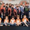 Isabel García rodeada de los pilotos valencianos de automovilismo – SoyMotor.com