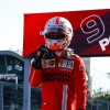 Leclerc aprovecha un rebufo para llevarse la Pole en Bakú - SoyMotor.com