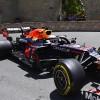 Verstappen bate a los Ferrari para liderar los Libres 1 en Bakú - SoyMotor.com