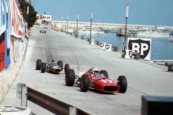 La F1 no comienza en Europa desde hace 55 temporadas - SoyMotor.com