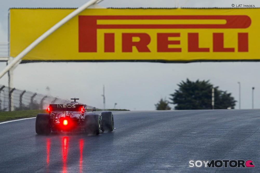 La F1 piensa en una 'burbuja global' para superar fronteras en 2021 - SoyMotor.com