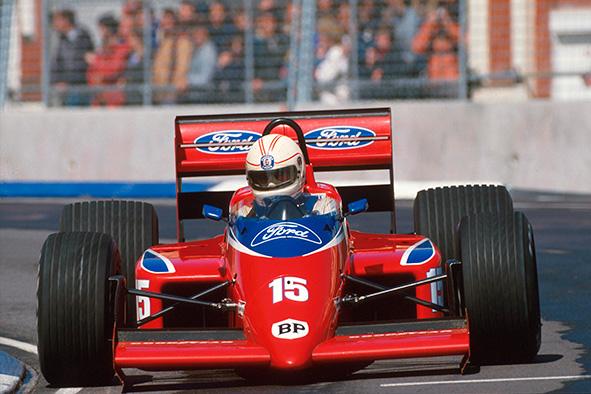 alan-jones-1986-soymotor.jpg