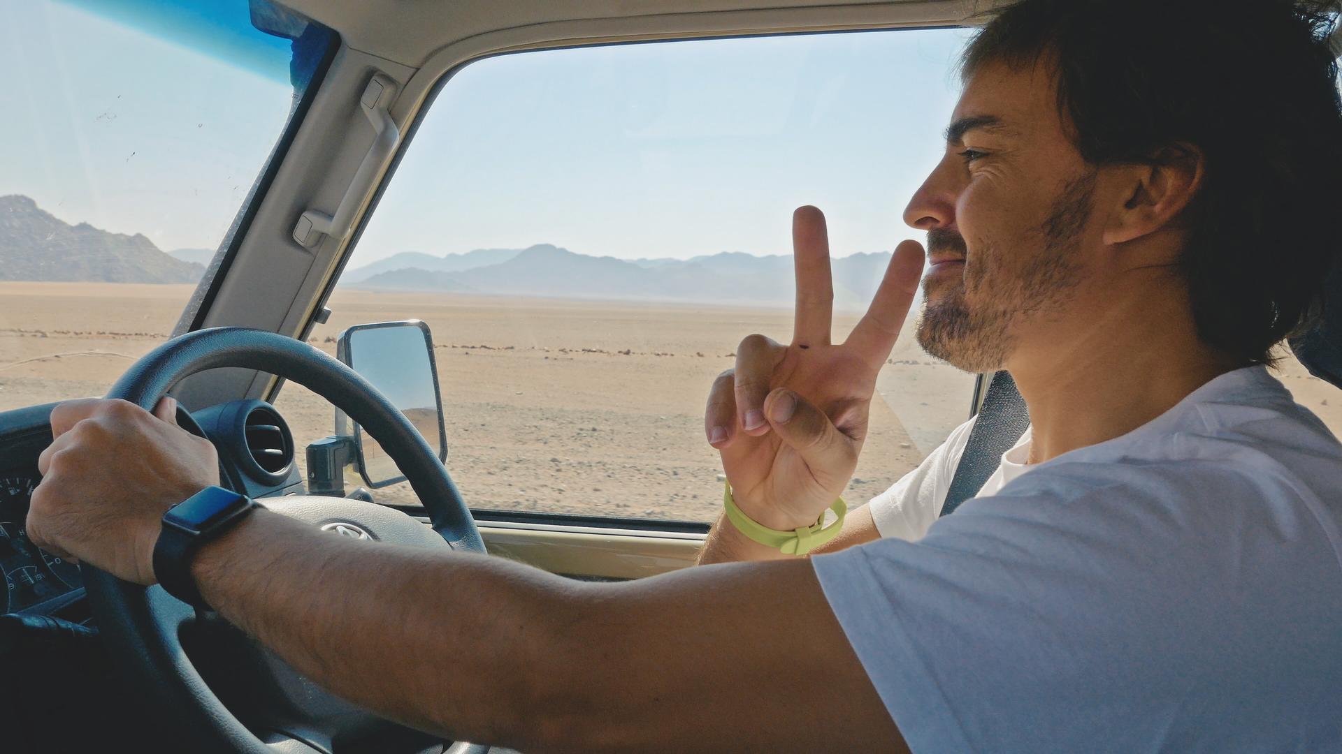 alonso-toyota-dakar-2020-documental-amazon.jpg