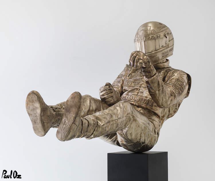 ayrton-senna-statue-paul-oz-soymotor.jpg
