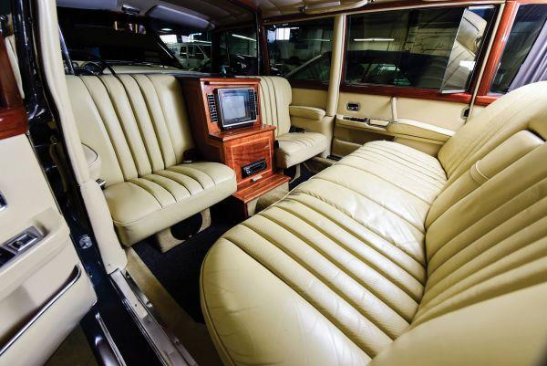 interior_mercedes_0.jpg