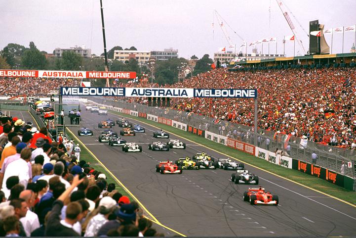 salida-australia-2001-soymotor.jpg