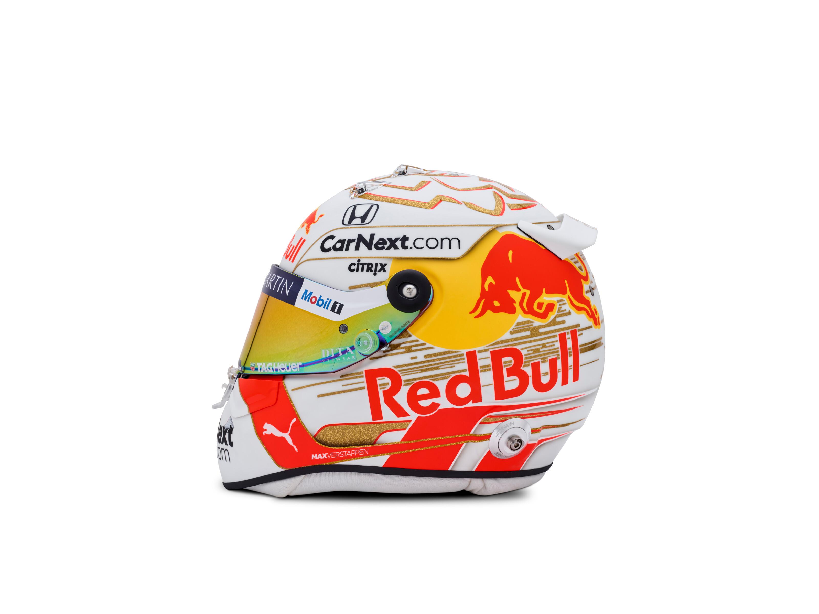 verstappen-casco-2020-1-soymotor.jpg