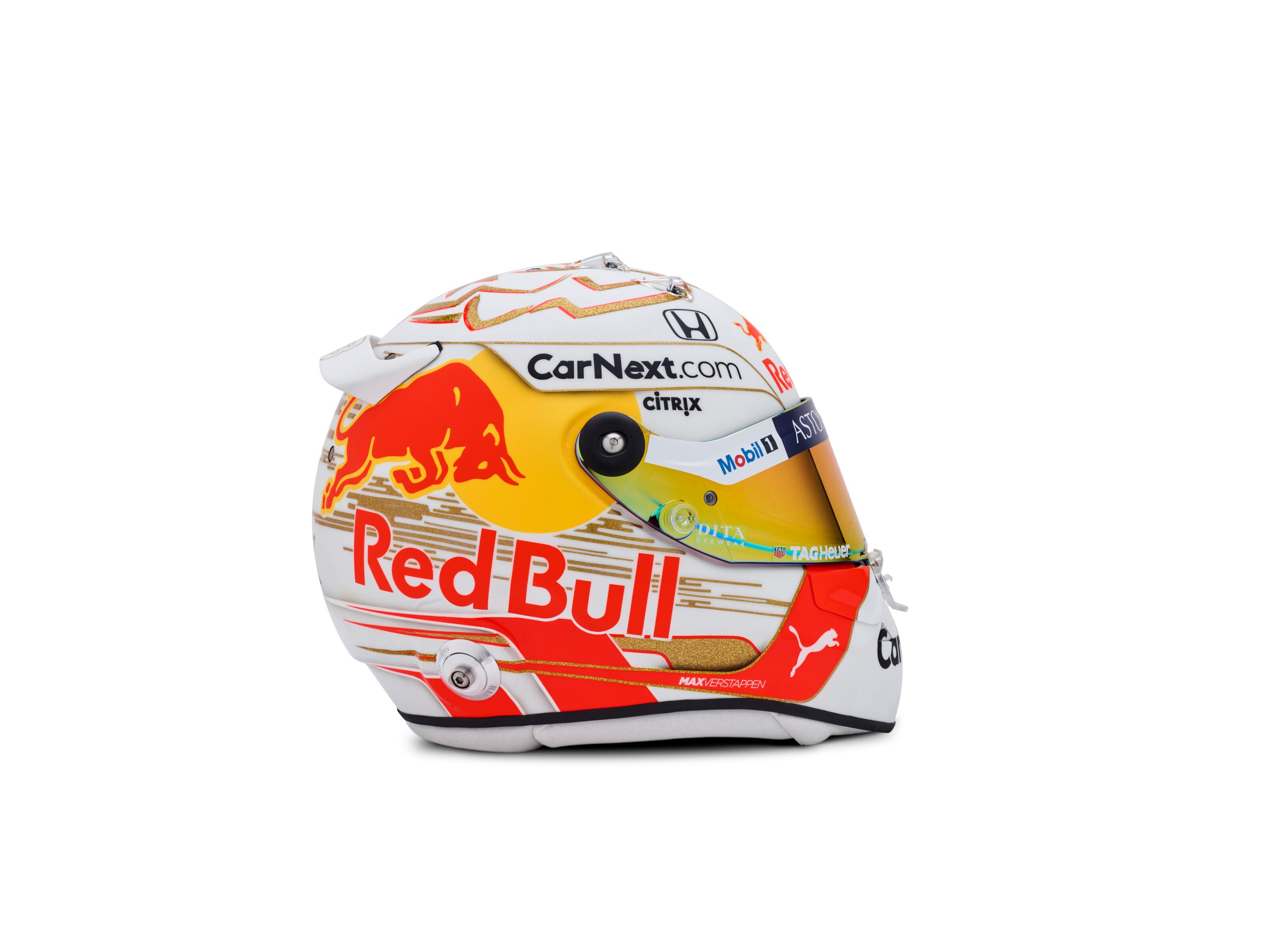 verstappen-casco-2020-2-soymotor.jpg
