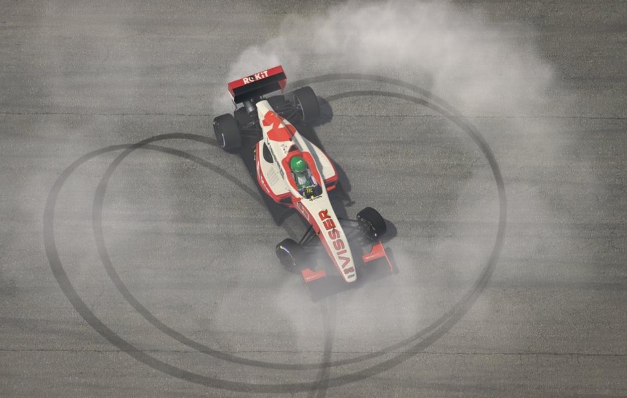 visser-victoria-carrera-3-w-series-soymotor.jpg