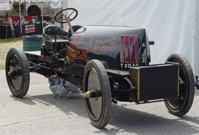 indy_aaa_1905_barney_oldfield_peerless_green_dragon_03_seriouswheelscom.jpg