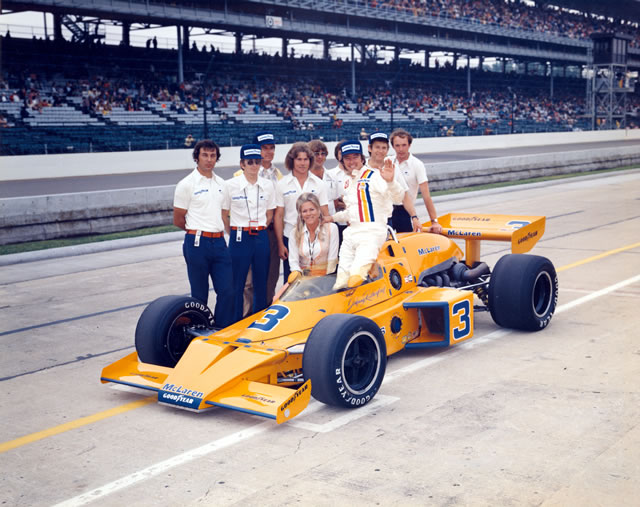 indy_cart_usac_rutherford_indy500_1974_vencedor_mclarenoffy_fuenteindycar.jpg