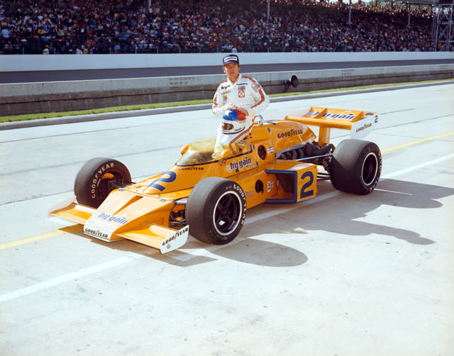 indy_cart_usac_rutherford_indy500_1976_vencedor_mclarenoffy_fuenteindycar.jpg