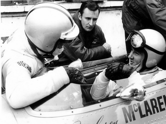 phil_with_bruce_mclaren_and_denny_hulme.jpg