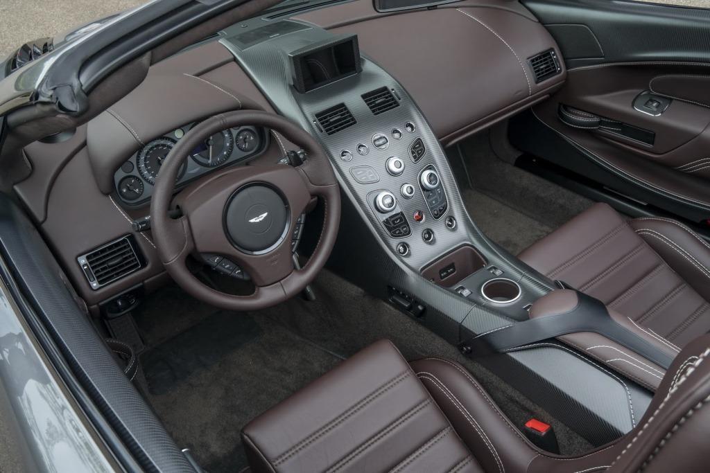 aston-martin-vantage-gt12-roadster-8.jpg
