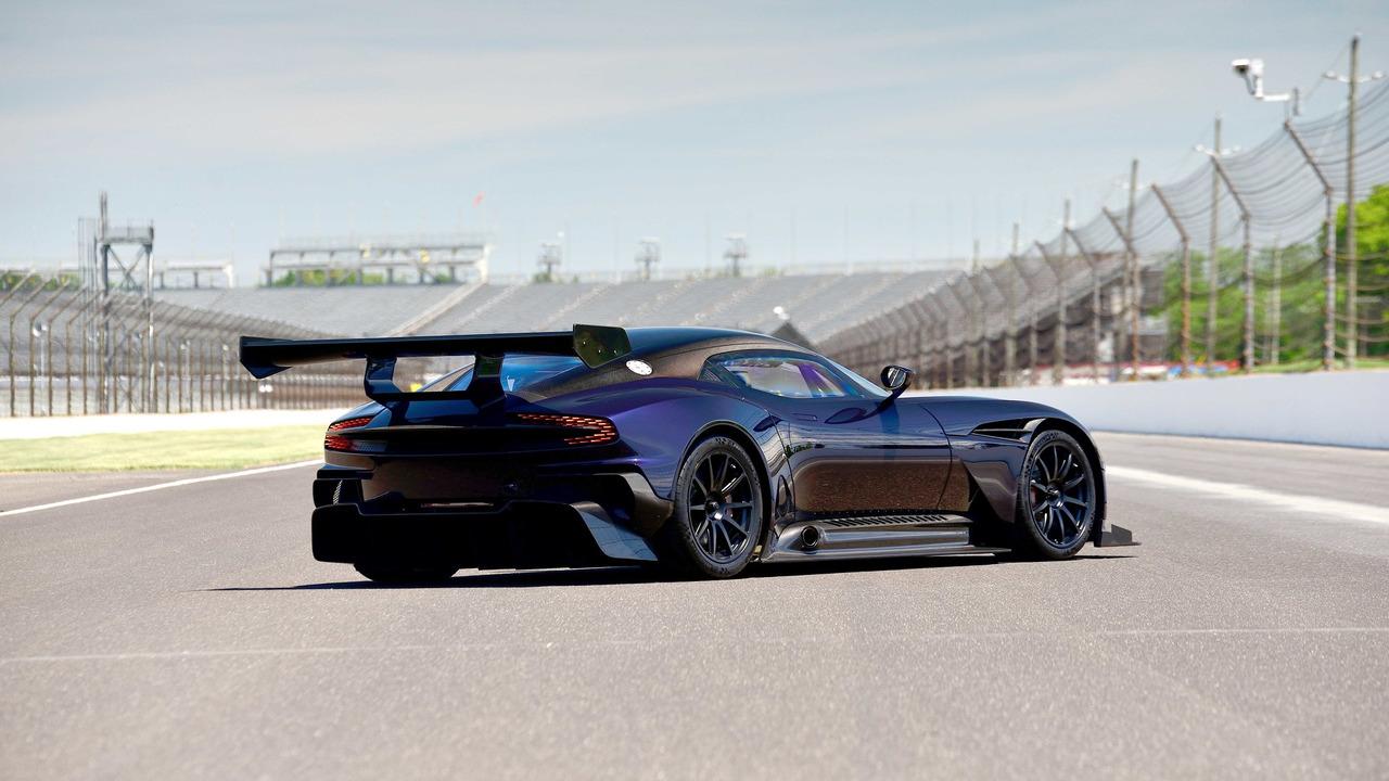 aston-martin-vulcan-rear.jpg