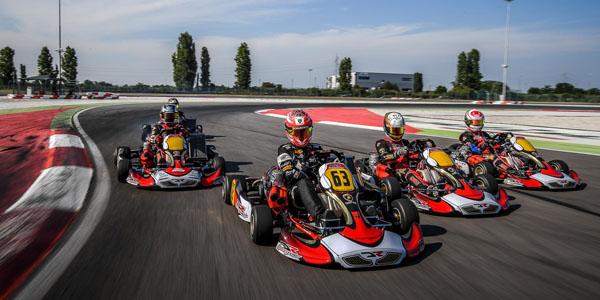 lamborghini_squadra_corse_dr-racing-kart_on_track_2.jpg