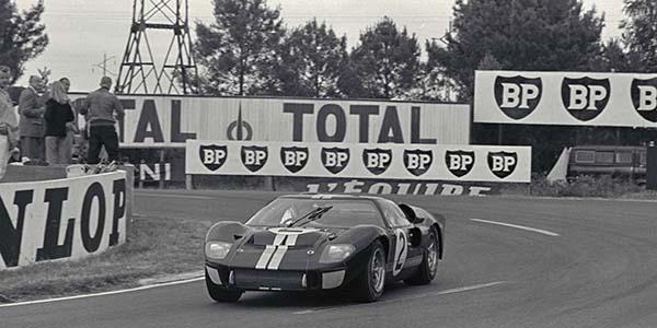 lemans-15-mclaren-winning-car_1.jpg