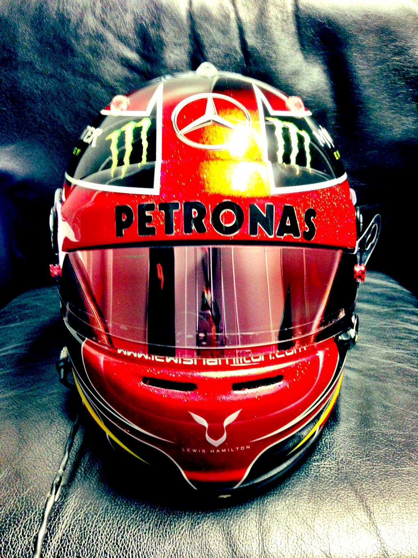 Lewis Hamilton homenajea a Michael Jackson en su casco para el GP de Estados Unidos