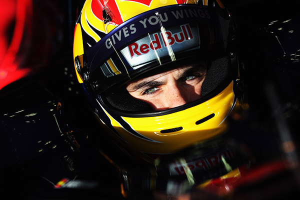 jaime-alguersuari-movistar-tv-f1-2014.jpg