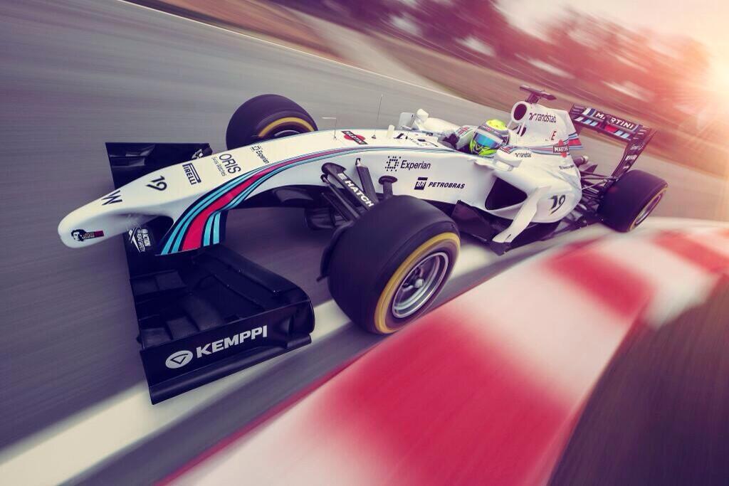 Williams FW36 con la decoración de Martini