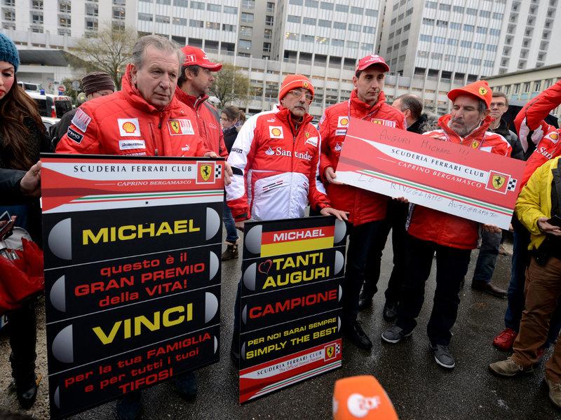 Fans de Michael Schumacher homenajean al heptacampeón en el hospital