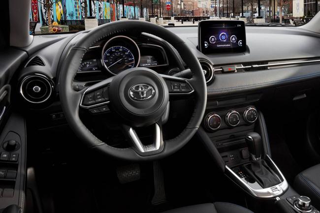 2019-toyota-yaris-sedan-4.jpg
