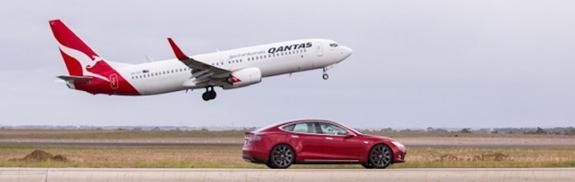 499811-qantas-vs-tesla.jpg