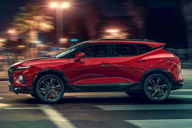 Chevrolet va tras la Jeep Grand Cherokee con su nueva Blazer