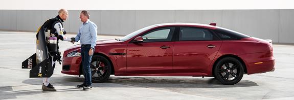 martin-brudle-jaguar-yves-rossy-3.jpg