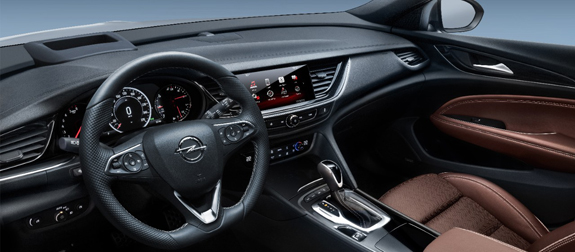 opel_insignia_country_tourer_3.jpeg