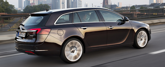 opel_insignia_sports_tourer_8.jpg