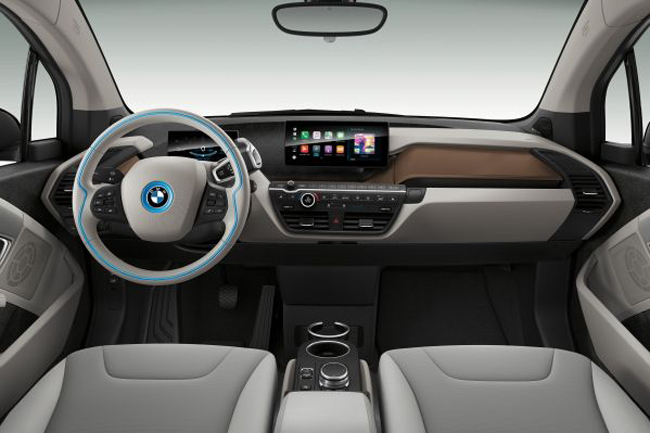 p90323009_lowres_the-new-bmw-i3-120-a.jpg
