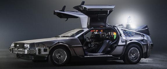 regreso-al-futuro-delorean-time_machine-otogodfrey.jpg