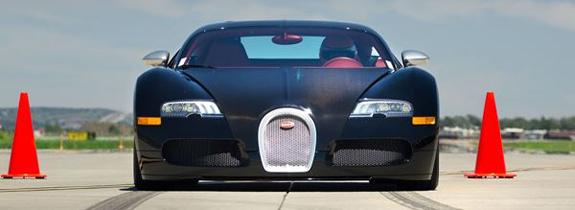 steven-racing-bugatti-veyron1.jpg