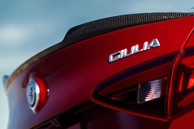 alfa-romeo-giulia-coupe_3.jpg
