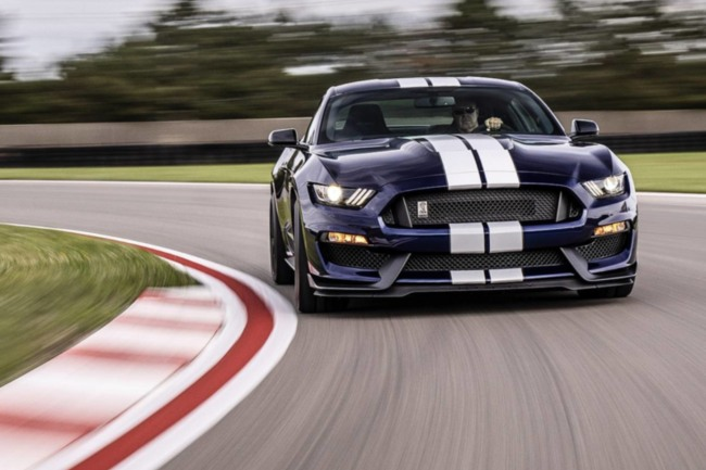 ford-mustang-shelby-gt350_2.jpg