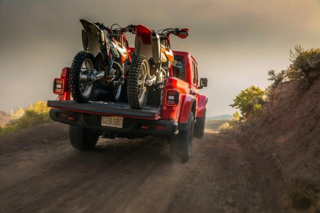 jeep-gladiator-2019_4.jpg