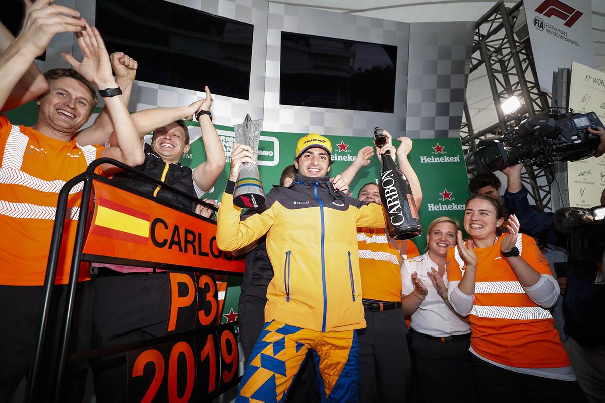 podio-sainz-gp-brasil-f1-2019-soymotor.jpg
