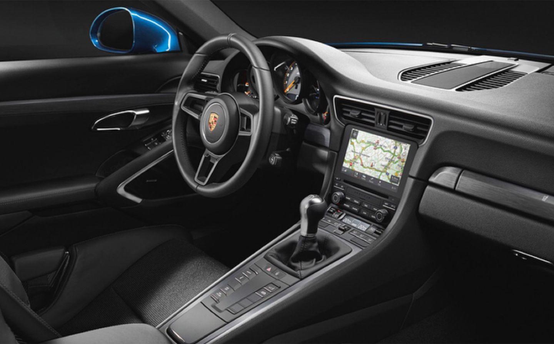 911_gt3_tp_interior.jpg