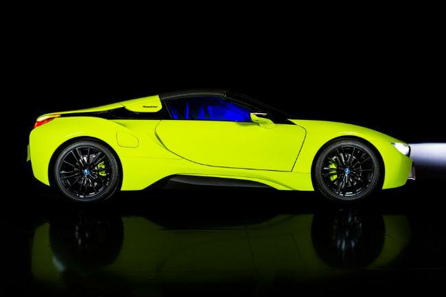 bmw_i8_roadster_limelight_edition_1.jpg