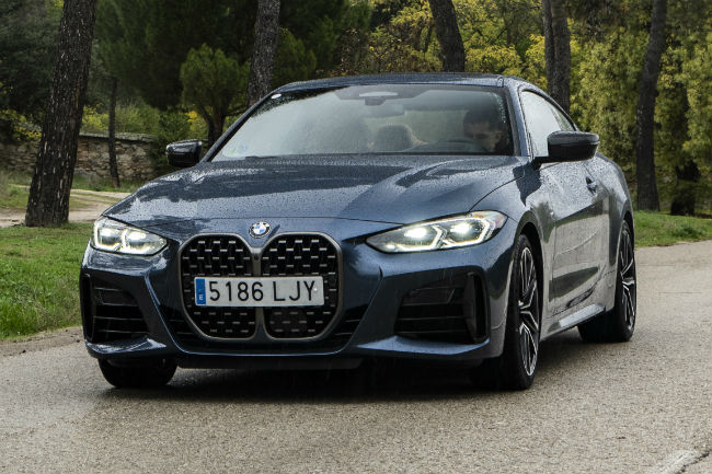bmw_serie_4_coupe_2021_8.jpg