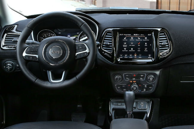 jeep_compass_2020_3.jpg
